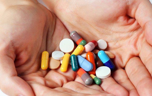 Điều trị mề đay vật lý bằng thuốc