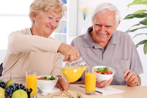 Chế độ dinh dưỡng cho người bị gai cột sống