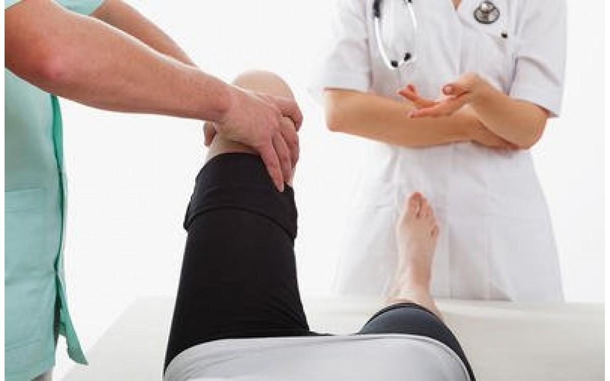 Chẩn đoán gãy xương cẳng chân như thế nào?