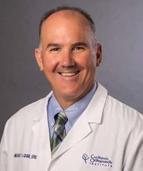 Bác sĩ Michael Huy